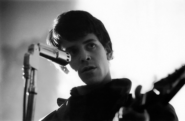 Reed performing with the Velvet Underground in the mid-'60s